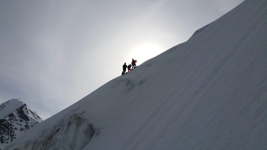 Steile Abfahrten unter Bergführerkollegen