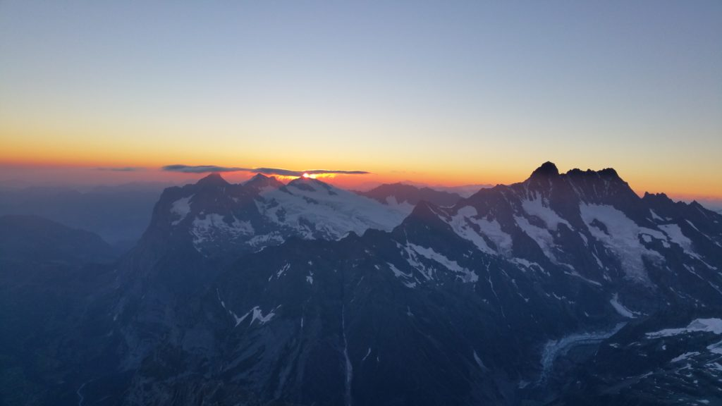 Sonnenaufgang am Eiger